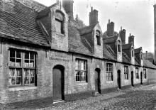 Godshuizen in de Elisabeth Zorghestraat 1905 / gesloopt in 1925