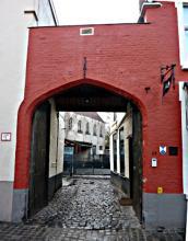 Ingangspoort voormalige brouwerij De Wulf / Brugge-Zeehaven