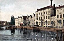 Ingekleurde postkaart 1900 Brouwerij L'Aigle