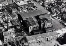 luchtfoto Aigle-Belgica 1982 voor de afbraak